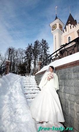 Зимняя свадьба, невеста