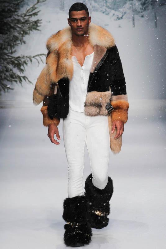 Мужская мода осень-зима 2016 Moschino