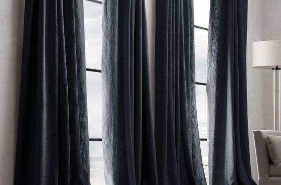 Выбираем стильные шторы для спальни