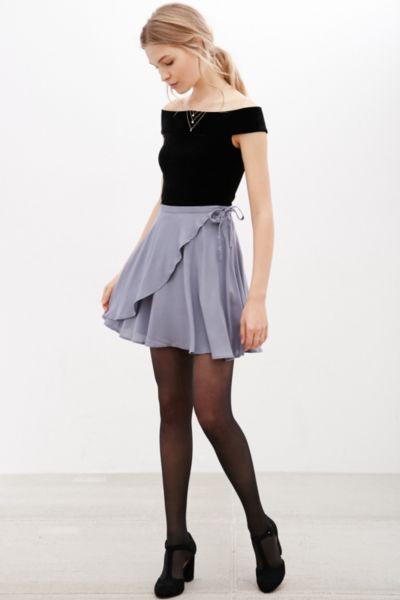 модная многослойная мини-юбка